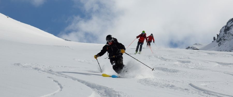 Making the transition from piste to off piste mountaintracks